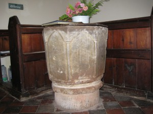 Collington - Herefordshire - St. Marys - font