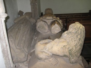 Kings Pyon - Herefordshire - St. Marys - mortimer effigy2