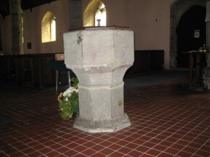 Kingsland - Herefordshire - St. Michael & All Angels - font