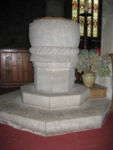 Kington - Herefordshire - St. Mary the Virgin - font