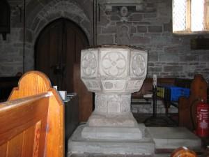 Llangarron - Herefordshire - St. Deinst - font