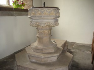 Much Cowarne - Herefordshire - St. Mary the Virgin - font