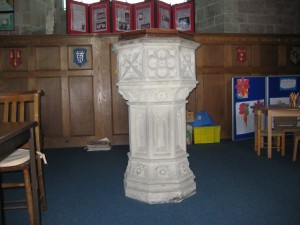Ross on Wye - Herefordshire - St. Mary - modern font